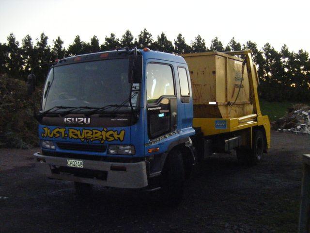 Truck for large Skip Bin