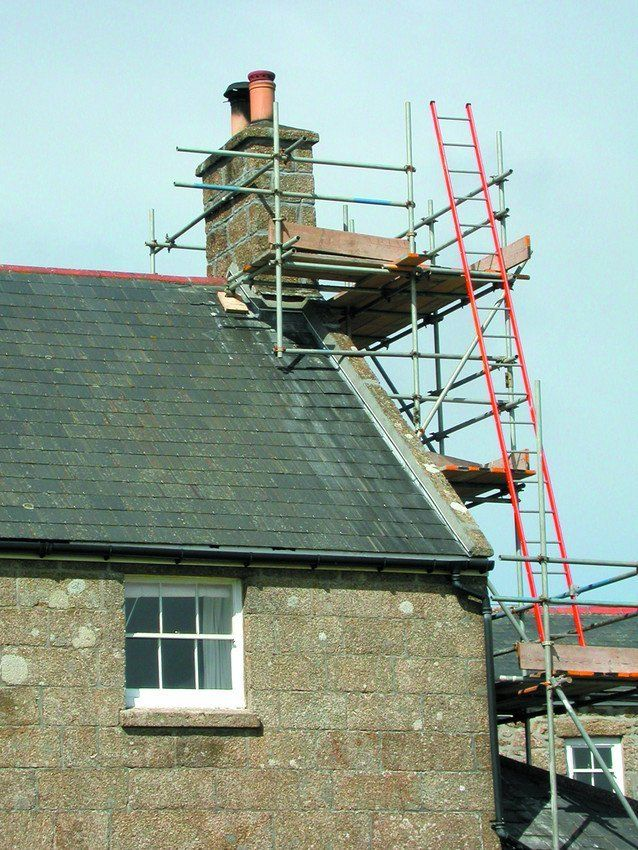 Scaffolding for roofing work
