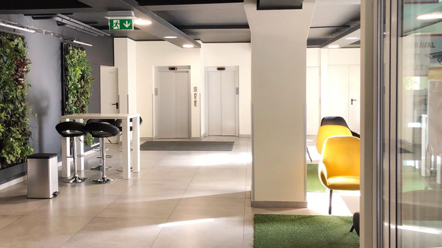 Why Clean Floors Are So Important In The Workplace