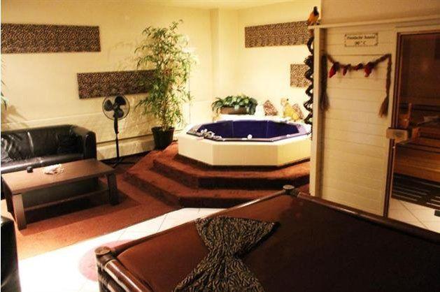 Fkk Safari - Maison close Neu Ulm - Sauna club - Bordel