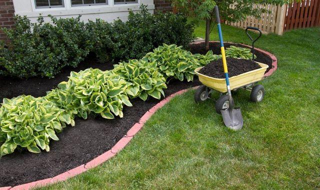 Bulk Mulch Olean, NY | Bulk Screened Topsoil | R D Brown Landscaping