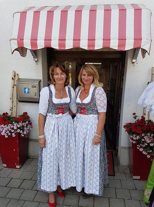 Brautmode Lisa und Mitarbeiterin