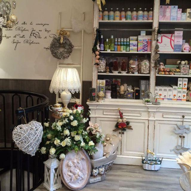 profumi e fragranze a Saronno da Ile du Parfum