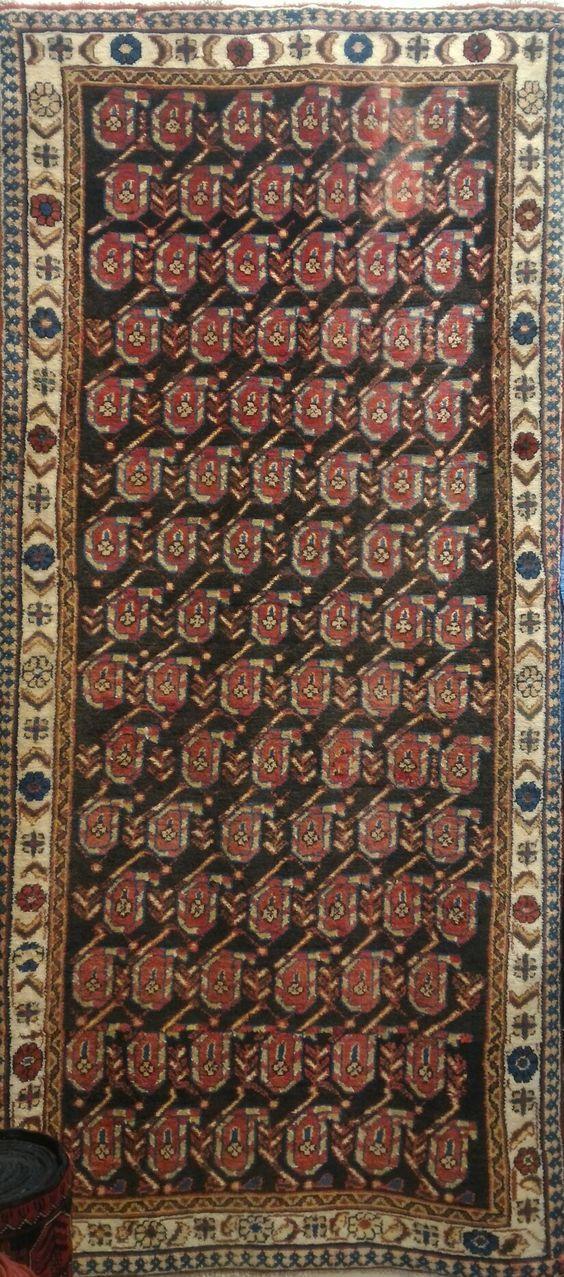 Beautiful saruk rug