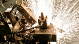 macchina per la produzione di lame per il taglio dell'acciaio