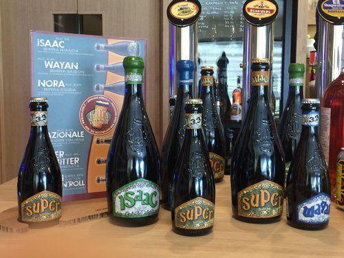 Bottiglie di birre Isaac e Super a Foiano Della Chiana