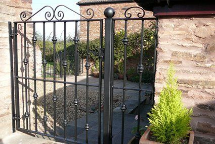 Metal gate fabrication