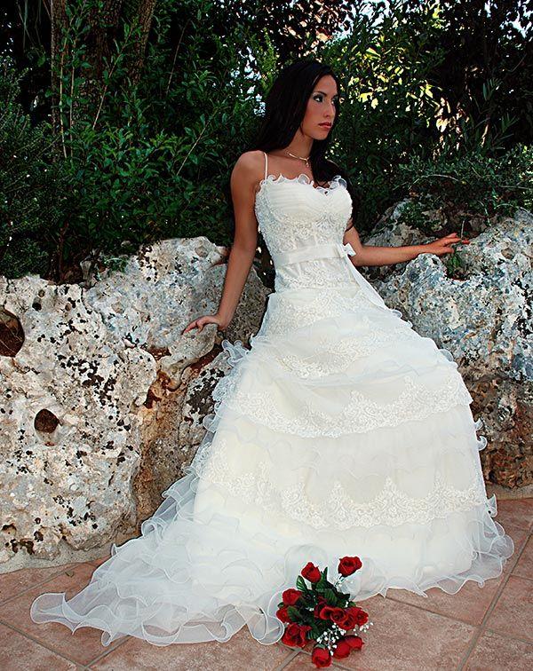 abito da sposa di Laura Lippolis spose a Putignano