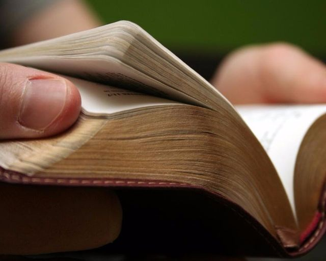 reading the bible recovering addicts