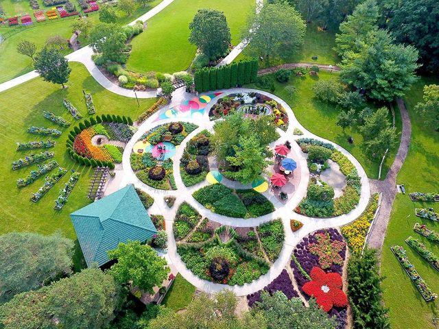 3_Dow+Gardens.jpg