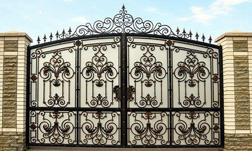 cancello in ferro personalizzato a Costa Di Mezzate