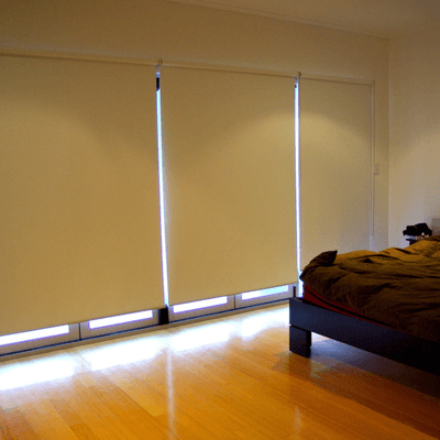 Made-to-measure roller blinds