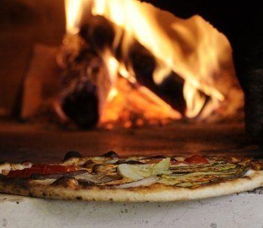 Pizzeria, pizza sottile