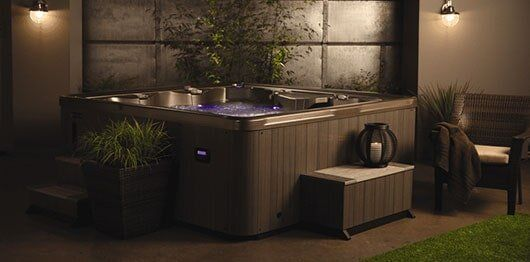 E Series Hot Tubs - Oregon, California - Marquis Hot Tubs