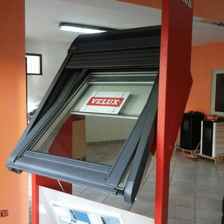 Lavori in lamiere zincate partinico palermo edil for Velux tetto