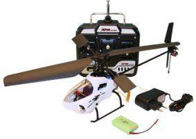 un elicottero bianco con il radiocomando
