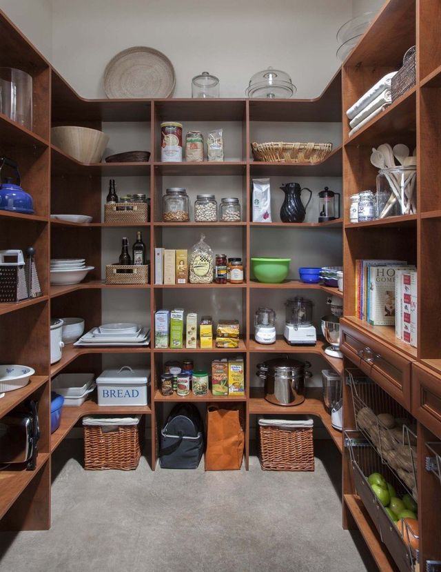 Kitchen Pantry Organizers | Custom Kitchen Cabinets | Toledo ...