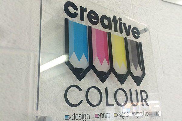 creative COLOUR name board