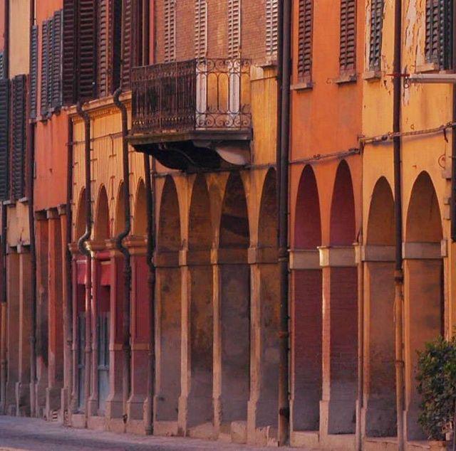 mosaico storico a Ferrara, itinerario di BATTAGLIERI RICCARDO