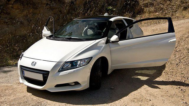 Honda CR Z by David Villarreal Ferna, used under CC BY-SA 2.0