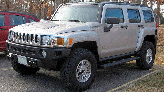 Hummer by H3 2006 2007, used under CC BY 2.0