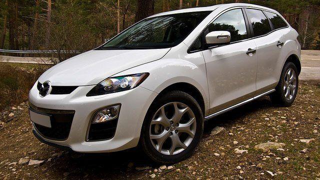 Mazda CX 7 by David Villarreal Ferna, used under CC BY-SA 2.0