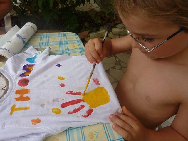 Fabric painting la grange du moulin child friendly gites