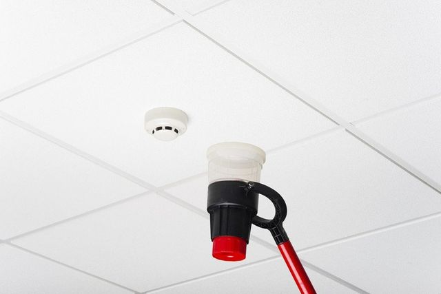wall mounted fire alarm