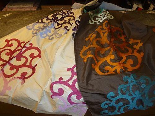 tessuti colorati con ornamenti