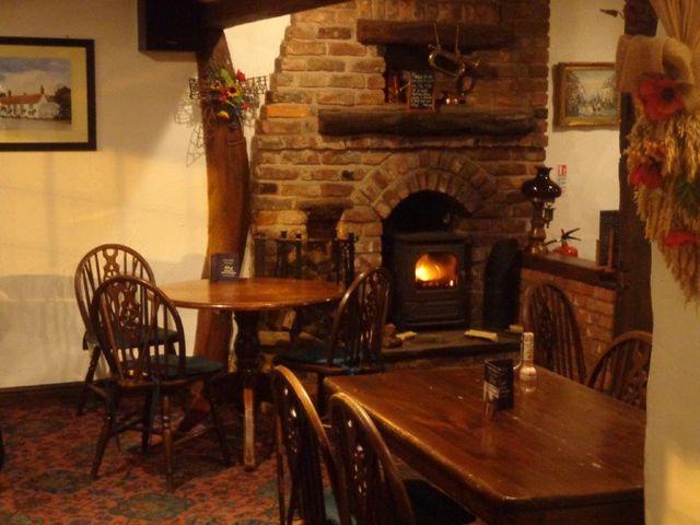 English pub and restaurant