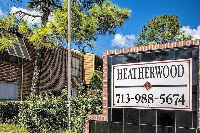 Heatherwood Houston Texas Apartment Complex