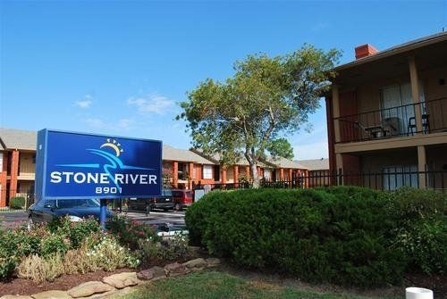 Stoneriver Houston Texas Apartment Complex