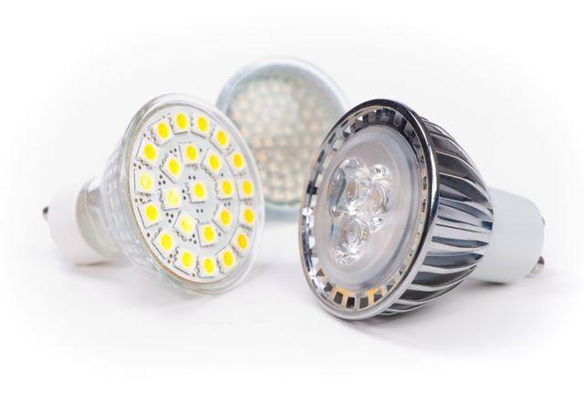tre lampadine a led
