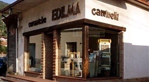 vista angolare del negozio EDILMA CAMENETTI