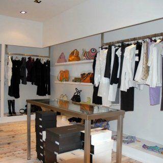 Attrezzature per negozi novara s r progetti for Negozi arredamento vercelli