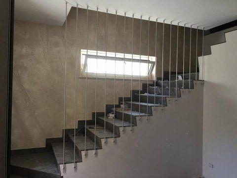 scala moderna in acciaio
