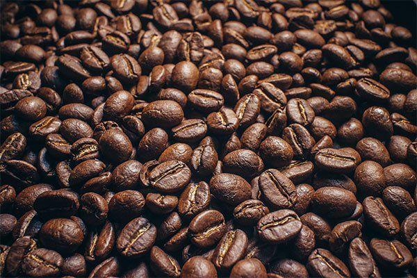 dei chicchi di caffè