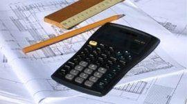 disegno di progetti, calcolatrice, matita e righello