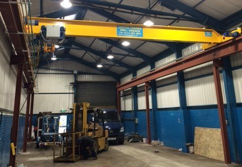 Overhead crane for hire