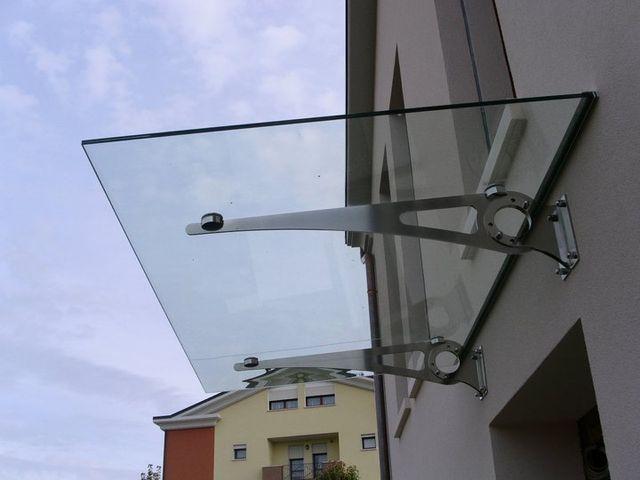 Pensilina in vetro