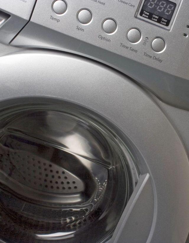 Machine in need of appliance repair in Wellington