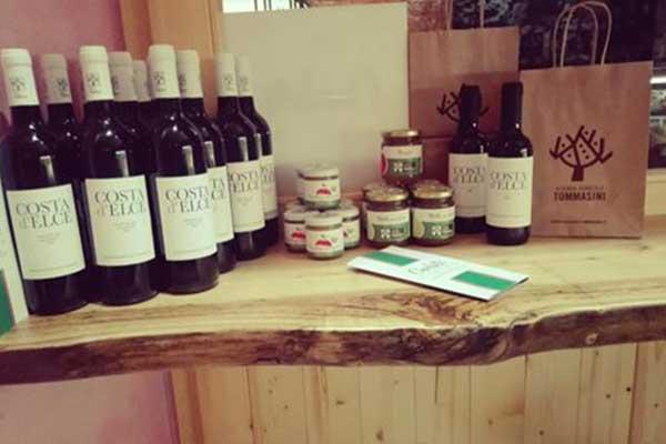 Vendita di prodotti del territorio a Salerno