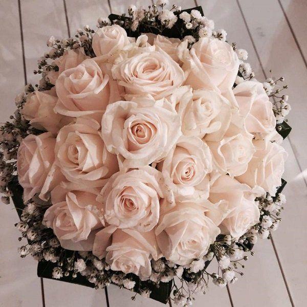 Bouquet di rose rosa chiaro