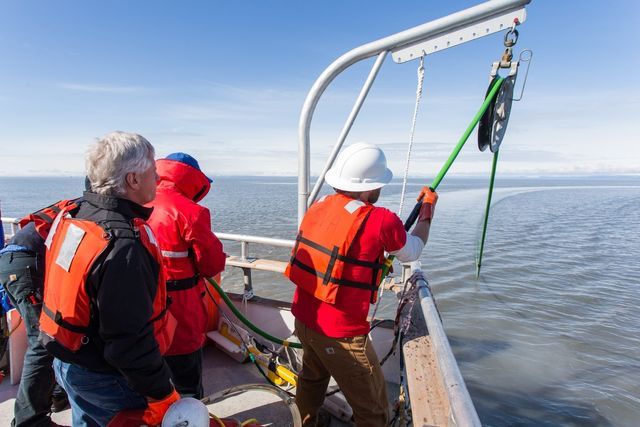 Deployment of Multi-Channel Solid State Streamer - Beaufort Sea, Alaska