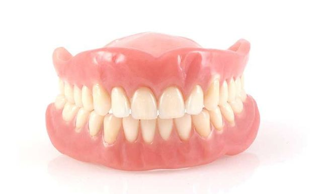 protesi totale denti
