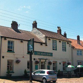 local-pubs-york-north-yorkshire-the-white-bear-inn-pub-food