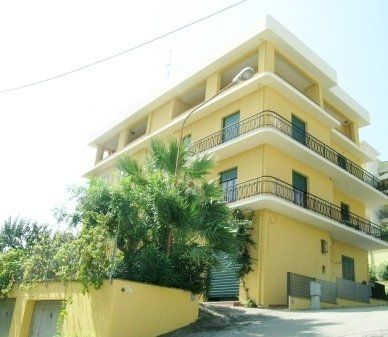 specializzazione pratiche ipotecarie, residence, servizi immobiliari