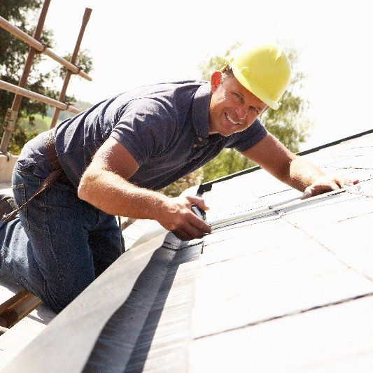 Residential roofing contractor in La Crosse, WI