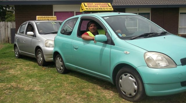Auckland man learning to drive