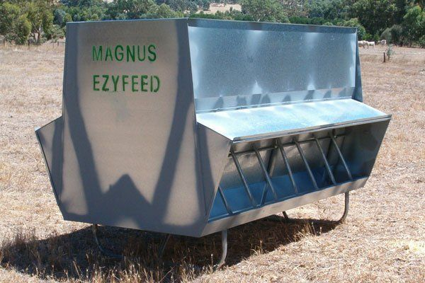 Cattle and Sheep Hay Feeders | Magnus Australia